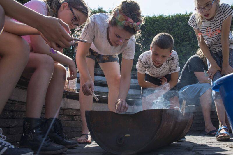 Kampvuur Kinderopvang 2Samen KICKS zomerkamp (web)
